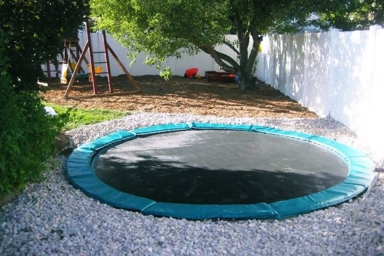 your home needs this in ground trampoline so bad it hurts. Black Bedroom Furniture Sets. Home Design Ideas
