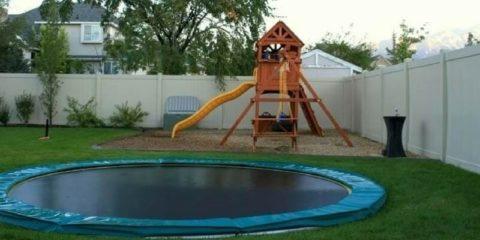 in-ground-trampoline-feat-1