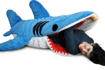 shark-sleeping-bag-feat