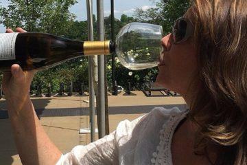 wine-glass-bottle-feat-1